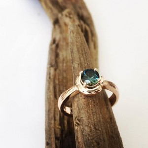 Auksinis žiedas su Australijos safyru - Ring mit saphir aus Australia