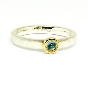 Sidabro žiedas su auksu ir topazu